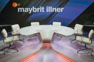 Den hat jeder schon mal im Fernsehen gesehen: Der Studiotisch von Talkqueen Maybrit Illner wurde in der Schreinerei Hinterland gebaut Foto: Svea Pietschmann/Bieling Design