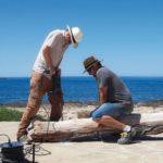 Möbelbau auf Mallorca: Bau einer Strandbank aus Treibholz - das Meer liefert ungewöhnliche Werkstoffe Fotos: Tina Winterhager (12), Oliver Brenneisen (2)