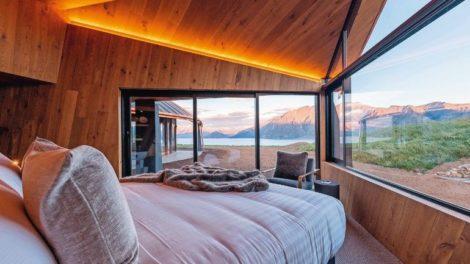 Atemberaubend: Jedes Zimmer verfügt über einen Panorama-Ausblick auf Lake Hawea und die neuseeländischen Alpen Foto: Hamberger Flooring/HARO
