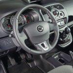 Nissan_NV250_L1_Van