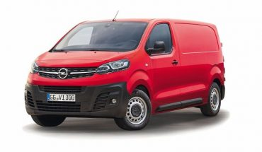 2019_Opel_Zafira_Panel_Van