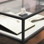 Jewelry_in_the_window_case_at_jeweler's_shop._Concept_of_wealth_and_luxurious_life