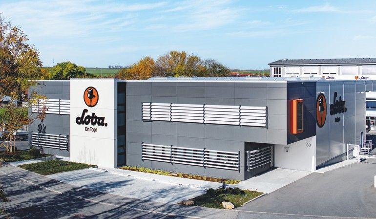 Pressebild_LOBA-Firmensitz_Ditzingen_web.jpg