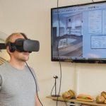 Rudi_Dueck_mit_VR-Brille.jpg