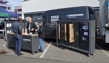 SIMONSWERK_Roadshow_2017_Mobiles_Messesystemwww.jpg