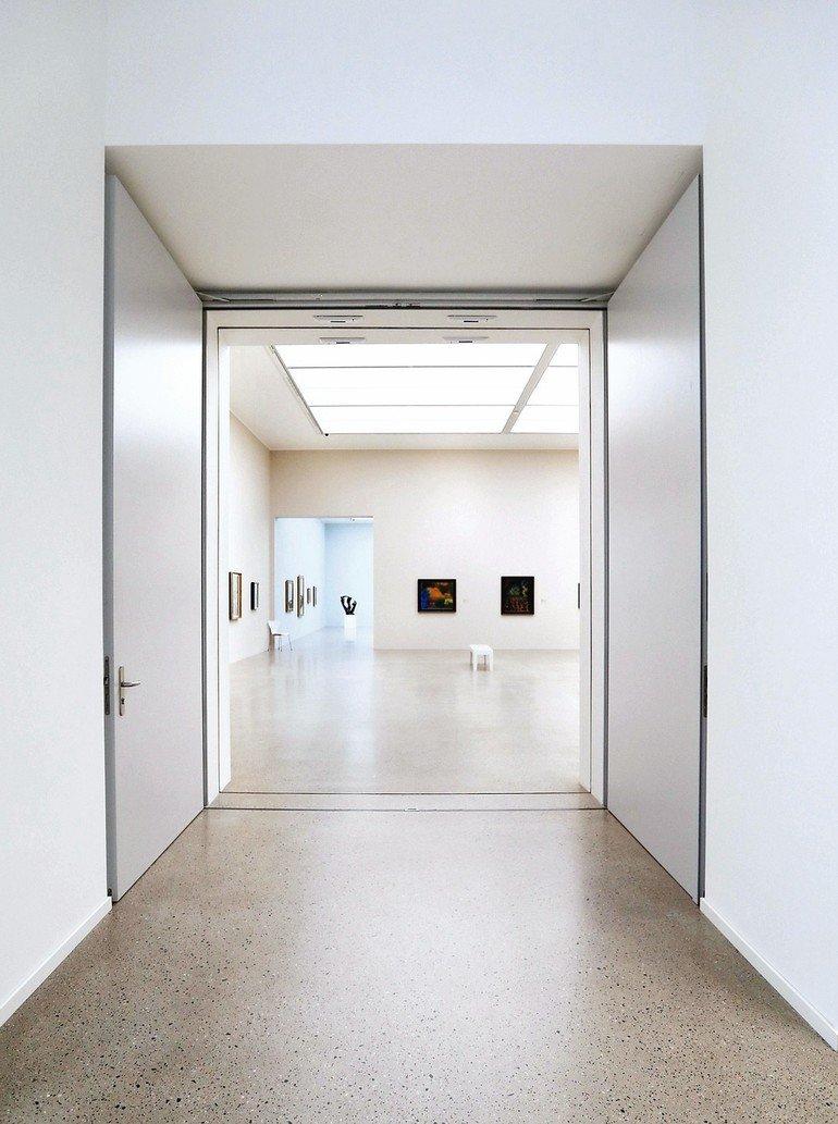 Schoerghuber_Funktionstueren_im_Sprengel_Museum.jpg