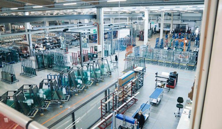 Die Lean-Management-Maßnahmen von Solarlux erstrecken sich über alle Bereiche des Unternehmens: Vom Vertrieb über die technische Ausführung und Produktion bis hin zur Logistik. Foto: Solarlux GmbH
