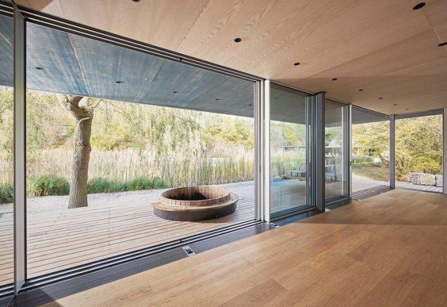 fast nur glas zu sehen optimiertes schiebefenster von solarlux dds das magazin f r m bel. Black Bedroom Furniture Sets. Home Design Ideas
