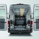 VW-Crafter-Laderaum-mit-C-Schienen-Dach.jpg