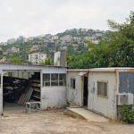 Einfache Baracke: In den Libanonbergen im Ort Quarnayel liegt Joes Schreinerei Foto: Erol Gurian