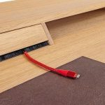 Gesellenstueck-Schreibtisch-Eiche-Kabelfuehrung.jpg