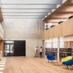 Stadtbibliothek Dornbirn: Auch der Innenraum symbolisiert leichten Zugriff auf Information